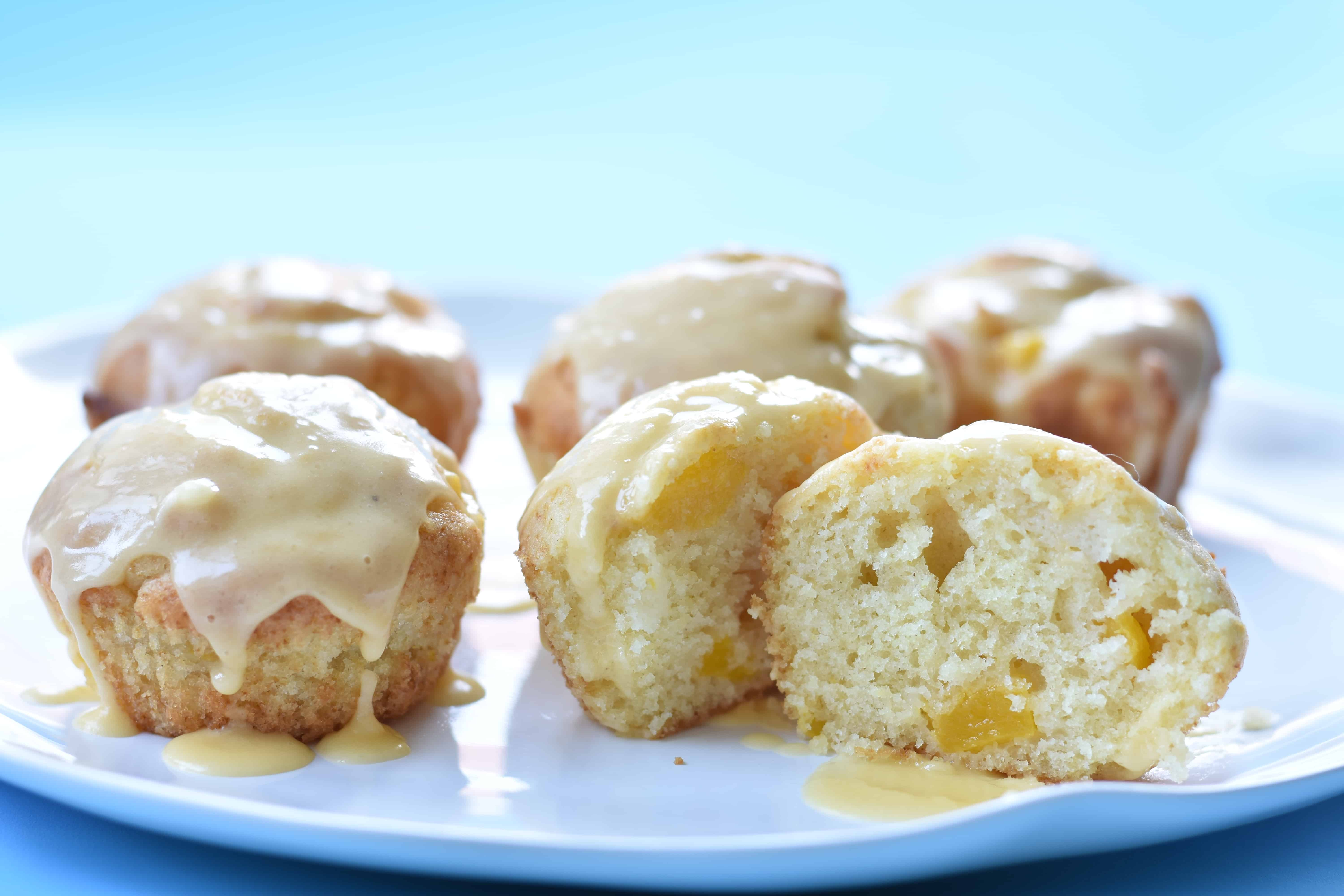 muffins with mango and maracuja
