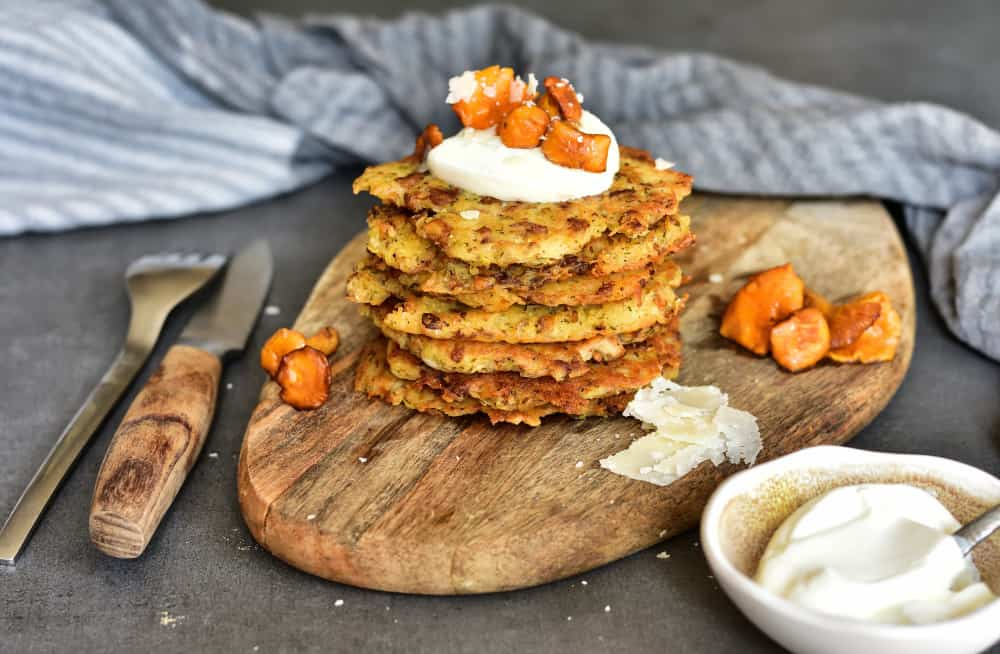Placki ziemniaczane z kurkami i koperkiem Chantarelle and dill potato fritters