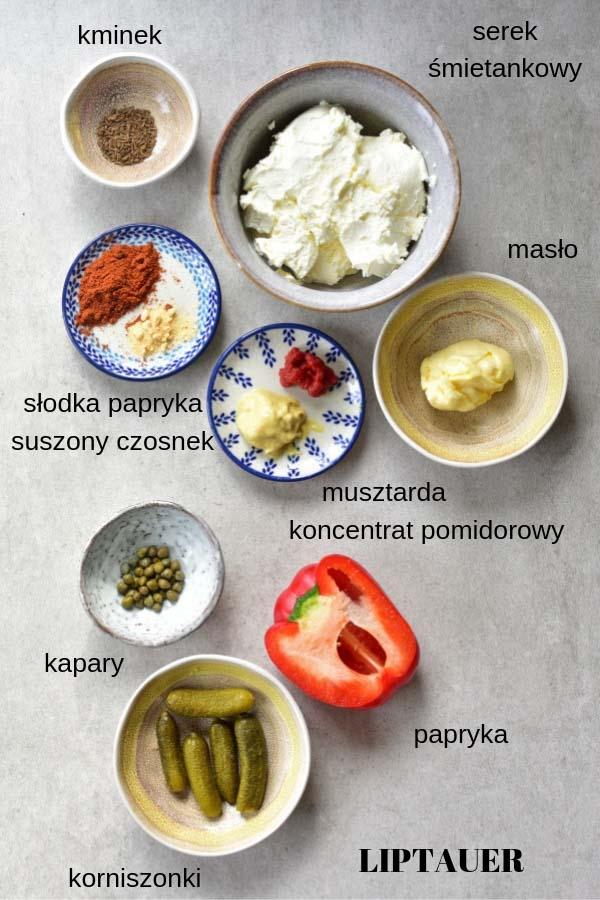 składniki potrzebne do przygotowania paprykowej pasty na chleb liptauer