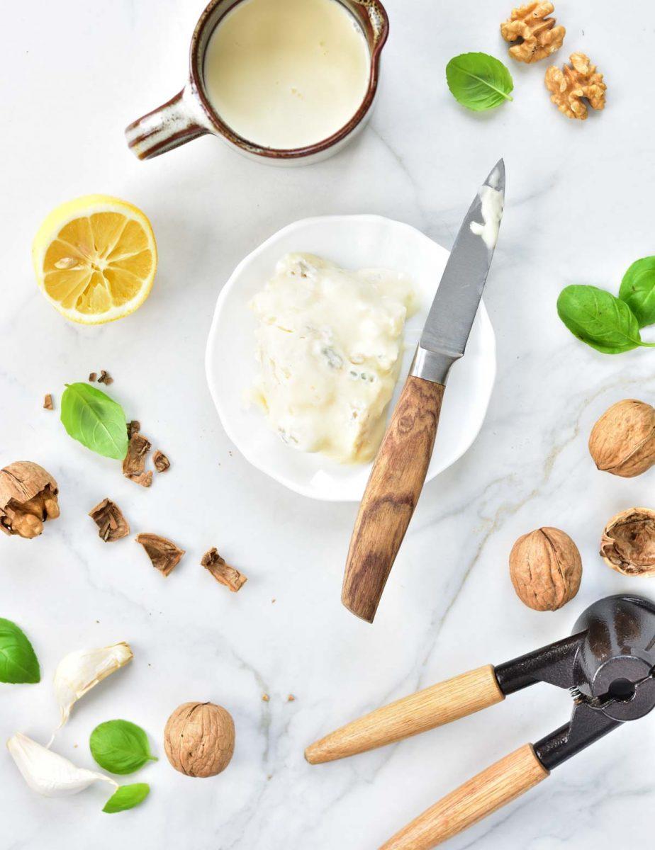 ingredients for gorgonzola sauce