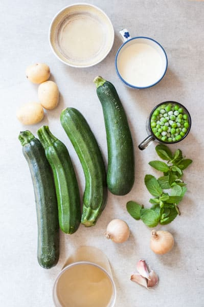 ingredients needed to prepare Creamy zucchini soup with mint and peas