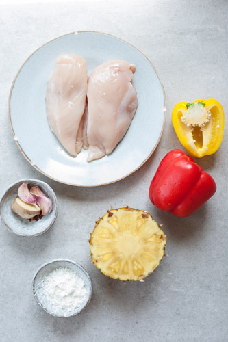 ingredients needed to prepare sweet and sour chicken with pineapple