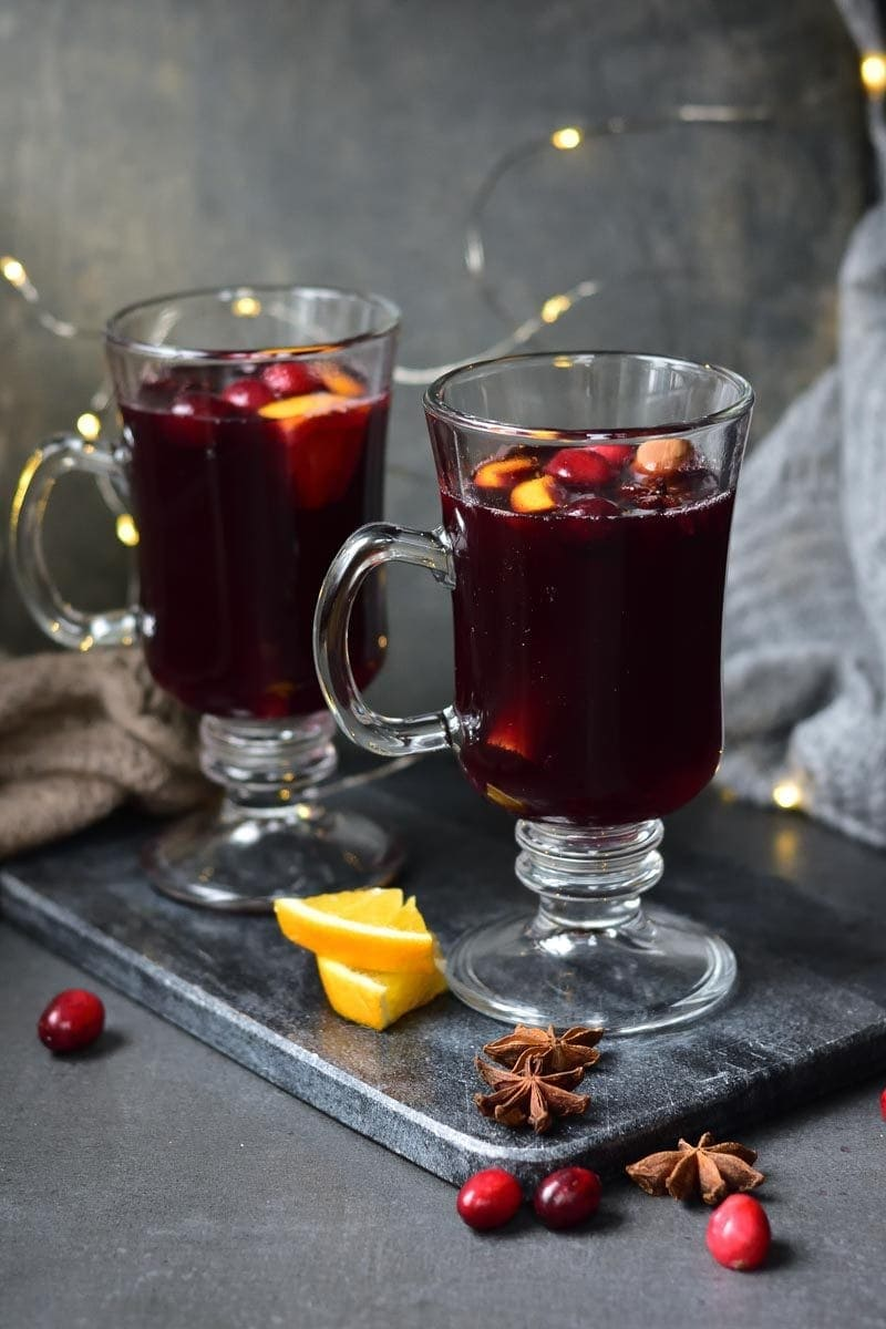cranberry orange mulled wine in two glasses