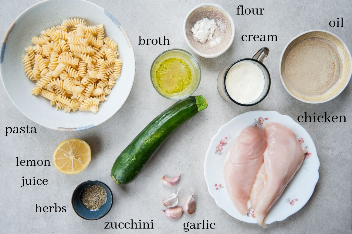 ingredients needed to prepare zucchini chicken pasta