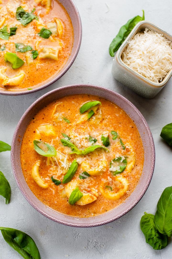 Zupa pomidorowa z tortellini