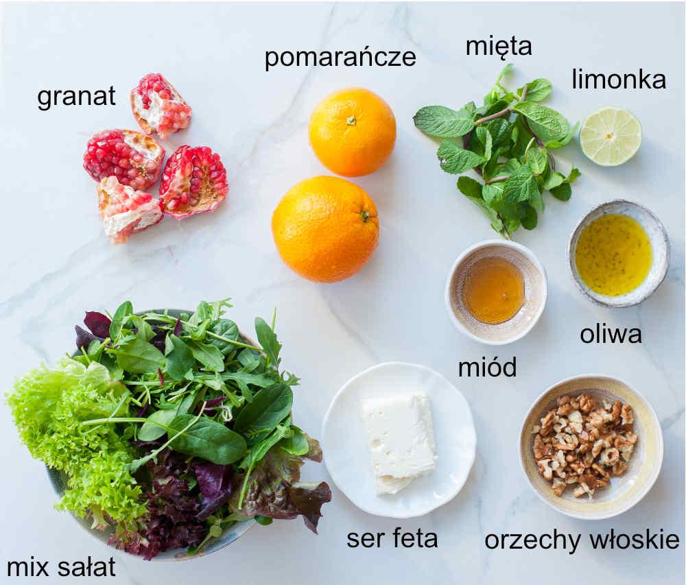 składniki na sałatkę z pomarańczą i granatem