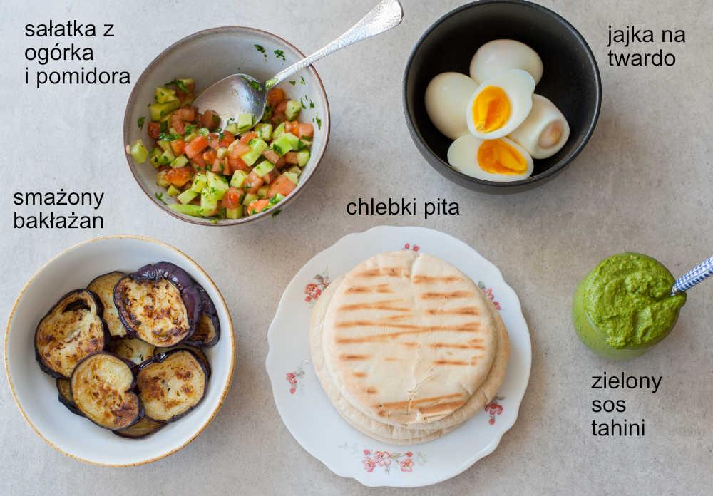 składniki na kanapkę sabich