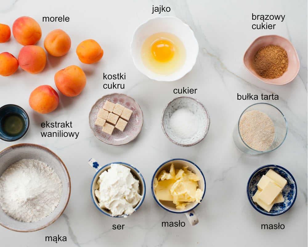 składniki na knedle z morelami