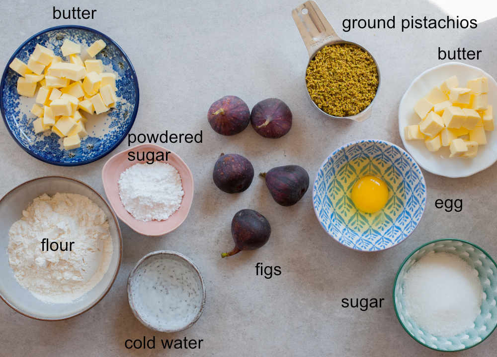 ingredients needed to prepare fig tart with pistachios
