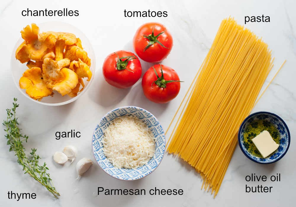 ingredients needed to prepare chanterelle pasta with tomatoes