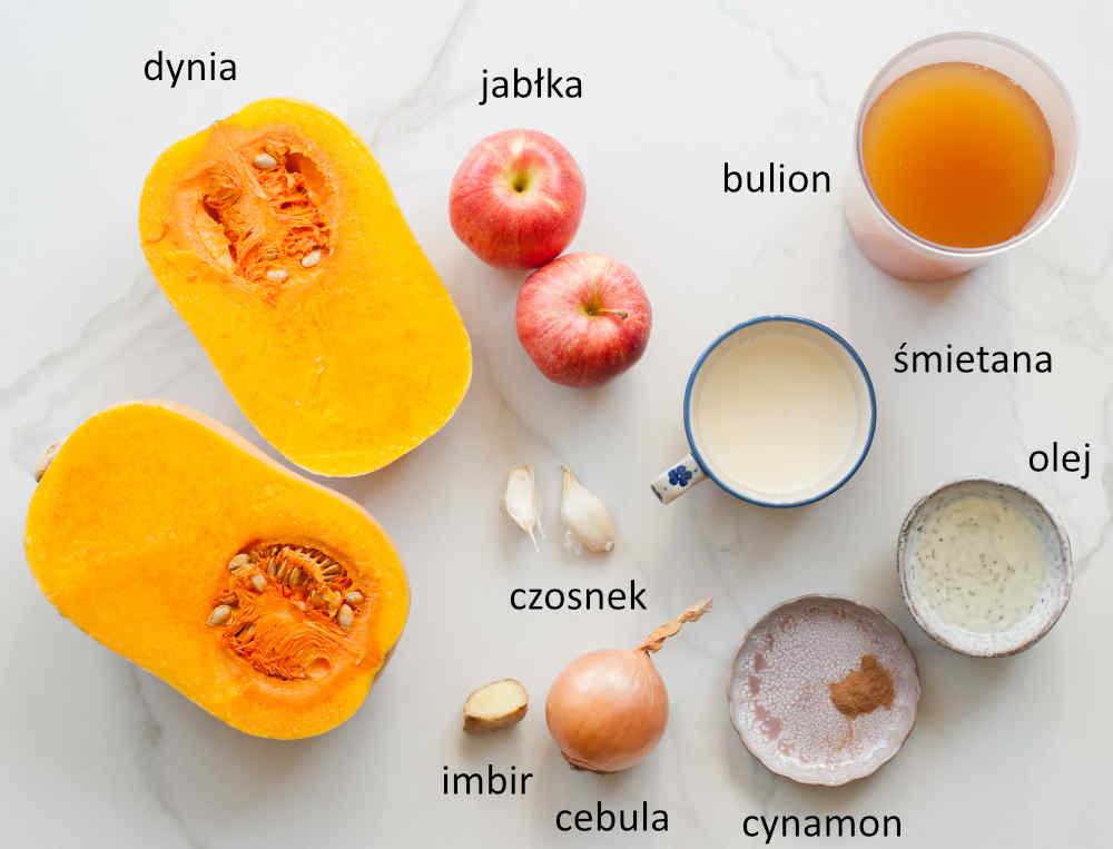 Składniki potrzebne do przygotowania zupy dyniowej z jabłkiem.