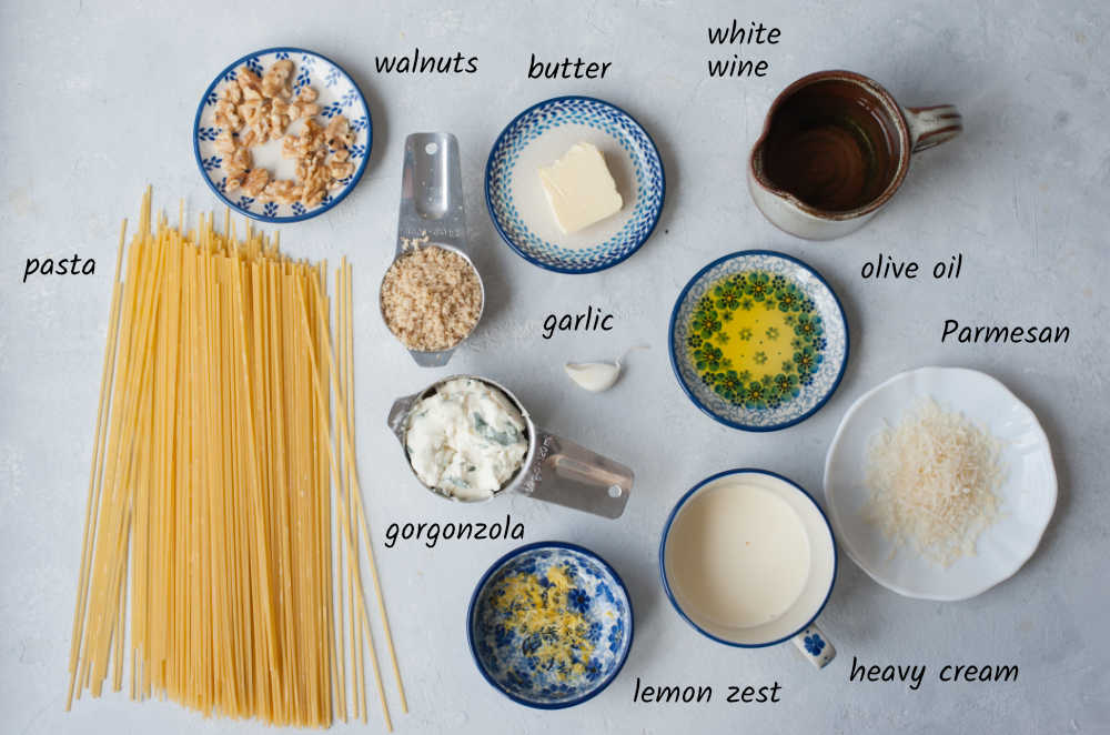 Labeled ingredients needed to prepare gorgonzola walnut pasta.
