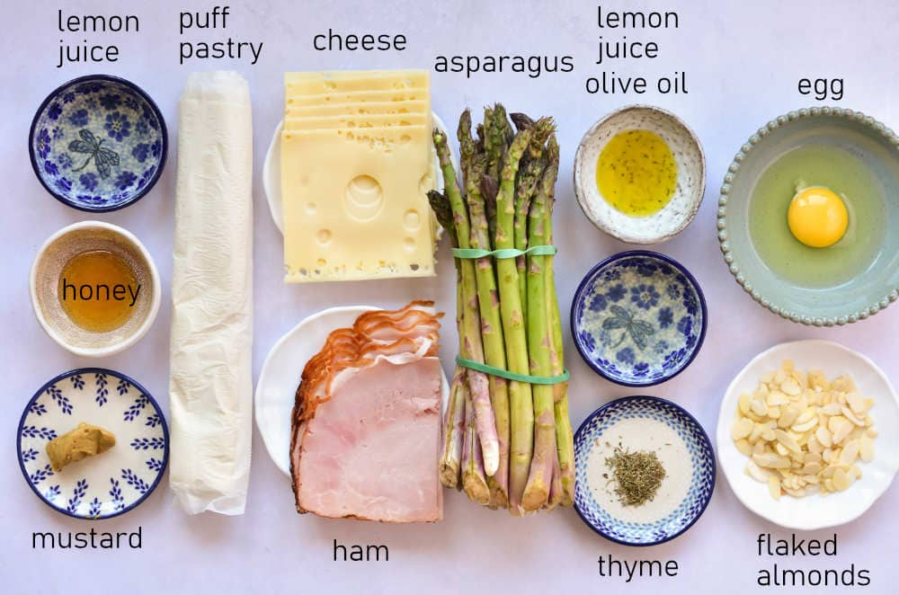 Labeled ingredients for asparagus in puff pastry.