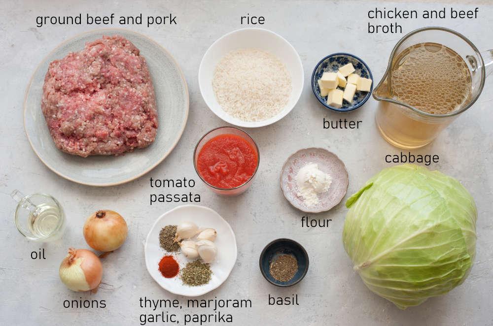 Labeled ingredients for golabki.
